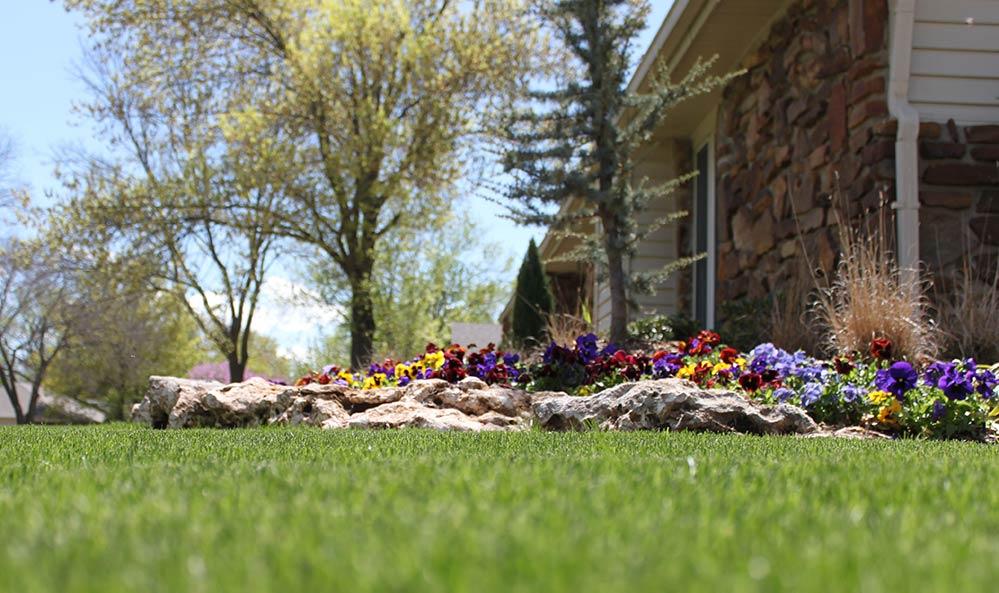 Tulsa-Lawn-Landscape-Mowing