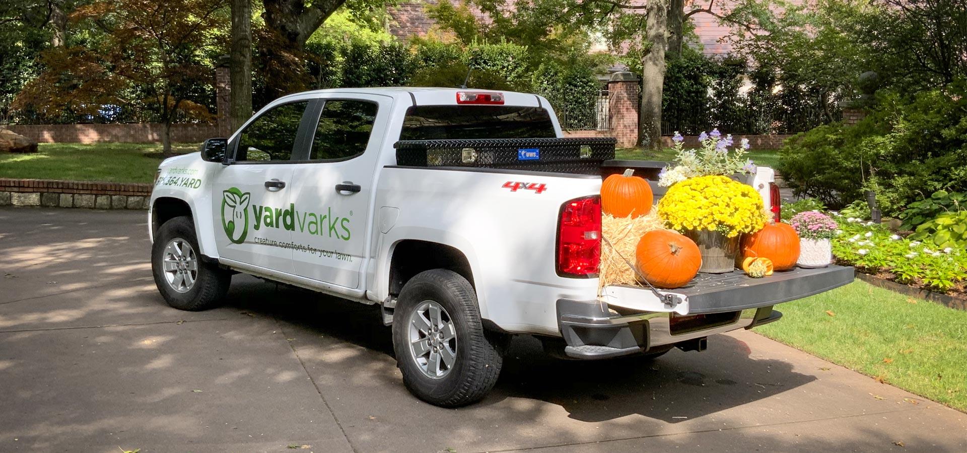 yardvarks fall services truck